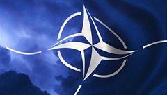 Pokud chce být Česká republika platným členem NATO, musí dát víc peněz, míní experti