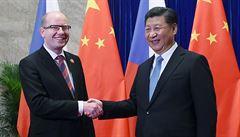 Sociální demokracii platí Čína, naznačil novinář