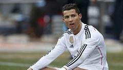 Ronaldo nedal penaltu a Real pouze remizoval. Na Barcu ztrácí už devět bodů