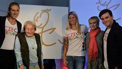 Zátopkova kresba jako talisman pro štěstí. Olympionici mají dresy pro Rio