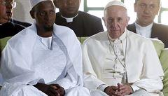 'Křesťané a muslimové jsou bratři.' Papež poprvé vyjel do válečné zóny
