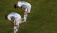 75 lidí odevzdalo 76 lístků. Z volby šéfa argentinského fotbalu se stala fraška