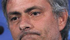 Mourinho už není trenérem Chelsea. 'Rozcházíme se v dobrém,' uvedl klub