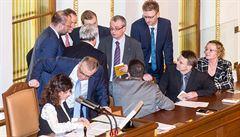 Ústavní soud odmítl stížnosti sedmi poslanců opozice na proces schvalování EET