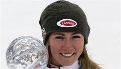 Lyžařská suverénka Mikaela Shiffrinová si při zkušební jízdě poranila koleno