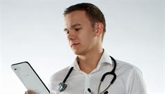 Stroje ani programy lékaře zcela nenahradí