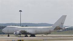 Chcete je? Na letišti v Kuala Lumpuru někdo zapomněl tři obří letadla Jumbo Jet