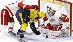 Mrázek zpříjemnil Noskovi debut v NHL. Krejčí skóroval po měsíci