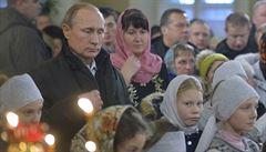 Putin strávil pravoslavné Vánoce na vsi, Medvěděv v Moskvě
