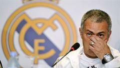 Mourinho se do Realu nevrátí, místo v United mu však může vzít Simeone