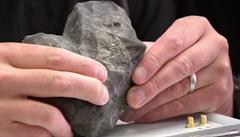 Letitější než Země. Vědec našel meteorit starý 4,5 miliardy let