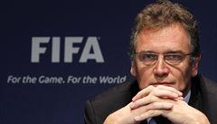 FIFA propustila generálního sekretáře, jenž kryl prodej předražených vstupenek