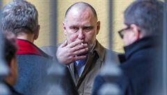 Korupční kauzy, v níž si lékař údajně řekl o úplatky. Obžalovaný Vladimír Dbalý by se měl vrátit před soud