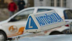 Počet pokusů o zisk řidičského průkazu bude možná omezený. V krajním případě může hrozit i opakování