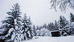 V Česku připadne na horách sníh, jazyky zkomplikují dopravu na silnicích