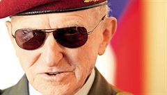 POHNUTÉ OSUDY: 100. výročí narození generála Sedláčka. Komunisti hrdinu zavřeli