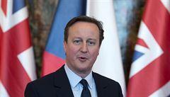 Cameron před zákonodárci kvůli Panama Papers. Ohradil se proti očerňování své rodiny