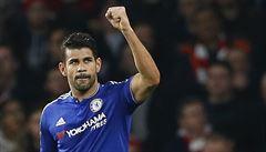 Chelsea se po bídné sezoně vydrápala do čela Premier League