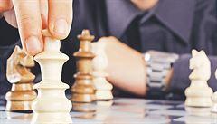 Šachista podváděl, tahy mu chodily přes SMS