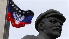 S Leninem do povětří. Socha bolševické ikony přežila bouřlivou noc