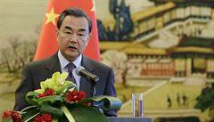 Pacient nula stále není znám, koronavirus se mohl objevit dříve než v Číně, říká šéf čínské diplomacie