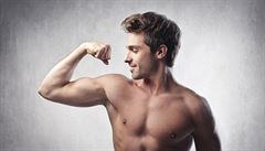 Mužský ideál se změnil. Kluci chtějí pořádné svaly i za cenu zakázaných prostředků