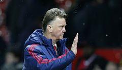 Zázrak. Diváci na Old Trafford vestoje tleskali neoblíbenému Van Gaalovi