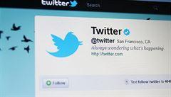 Twitter rozšířil Oxfordský slovník. Nově v něm naleznete slovo tweet