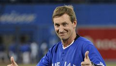 Gretzky se bojí o svůj rekord. 'Asi Jágrovi vezmu brusle,' vtipkuje legenda