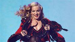 Rebelka ve stylu opotřebované Madonny. To je komplot levného kolotoče