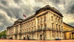 Britové končí s tištěním zákonů na pergamen, po staletích ho nahradí papír