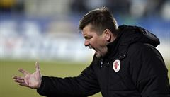 Slavia bude mít v derby Uhrina na lavičce, Lerch dostal pokutu 50 tisíc korun