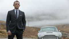 Aston Martin chce vedle automobilů Jamese Bonda nabízet i dětské kočárky