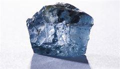Australská důlní firma našla v Angole rekordně velký diamant