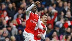 Arsenal vyhrál šlágr díky gólu z poslední minuty, Liverpool vyhrál 6:0