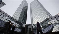 Rizikové chovaní velkých bank ohrožuje ekonomiku