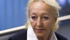 Proč skončila šéfka právníků Českých drah: špatné řízení i neznalost angličtiny