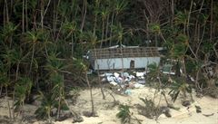 Bouře Winston zasáhla Fidži. Podívejte se na letecké záběry
