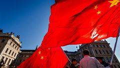 Číňané sesadili v Česku Rusy z pozice nejrozhazovačnějšího národa mimo EU