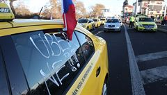 Legalizace Uberu v Praze? Krnáčová by byla pro, ale brání jí zákon