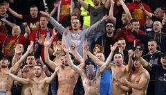 Návrat k fanouškovským kořenům. Na stadiony se po vzoru Německa vrátí místa k stání