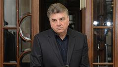 Soudce Novák s advokátem Douchou pomáhali milionáři, jehož se zastal už Klaus