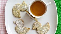 Mazanec, velikonoční sušenky s matchou i raw zajíček