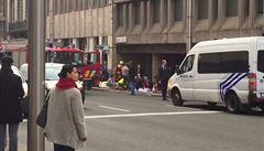 Další výbušnina, vlajka IS a chemikálie. Policisté prohledali předměstí Bruselu
