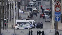 Češi v Bruselu: Chaos, plačící kolegové, nefungující spojení, zákaz vycházení
