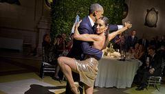 Barack Obama si při návštěvě Argentiny zatancoval tango. Neotálela ani Michelle