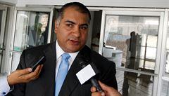 Skandál FIFA se prohlubuje. Úplatky bral i prezident Hondurasu