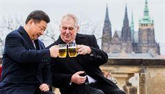 Zeman odlétá do Číny. Na Česko zbudou jen drobky z čínské obchodní dálnice