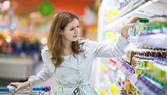 Nechoďte v neděli nakupovat, ať mohou být ženy-matky doma, žádá katolická církev Slováky
