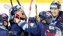 Liberec porazil Hradec 3:0 a vyrovnal sérii. Plzeň vybojovala mečbol